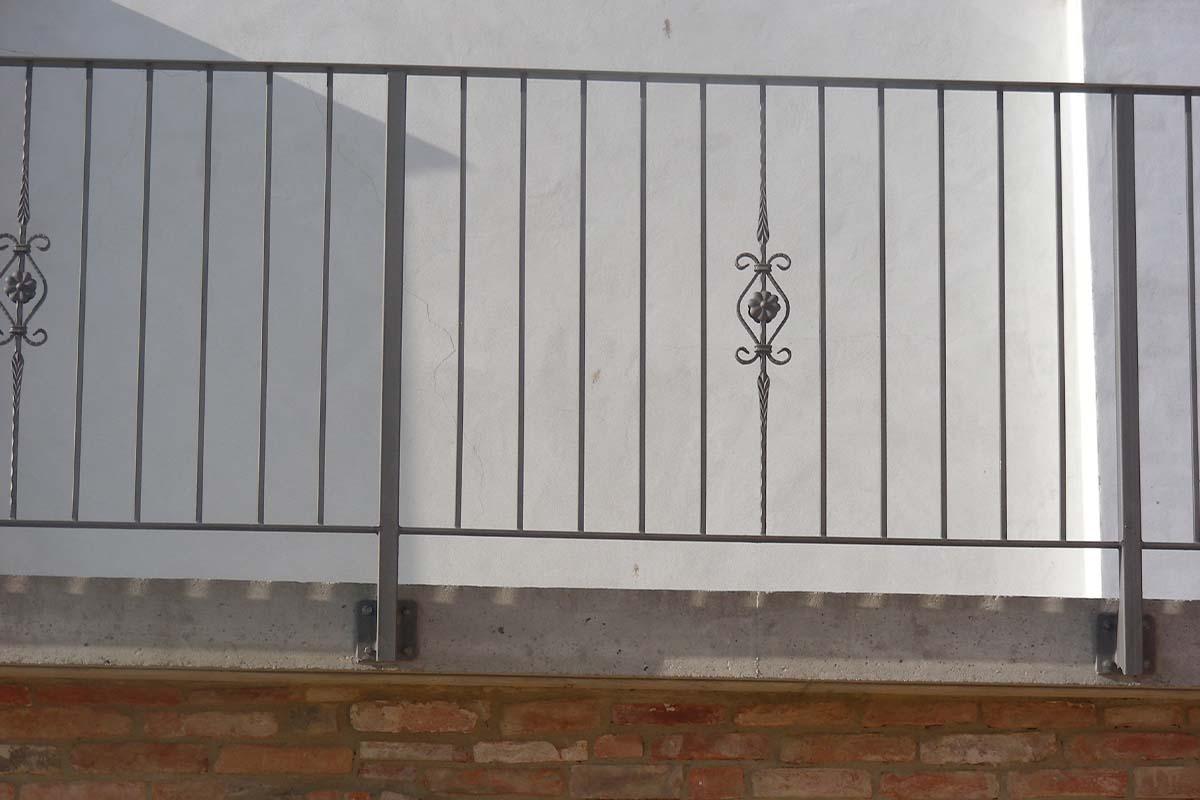 Ringhiere Per Terrazze Esterne ringhiere costruzione e posa asti - alba |oma